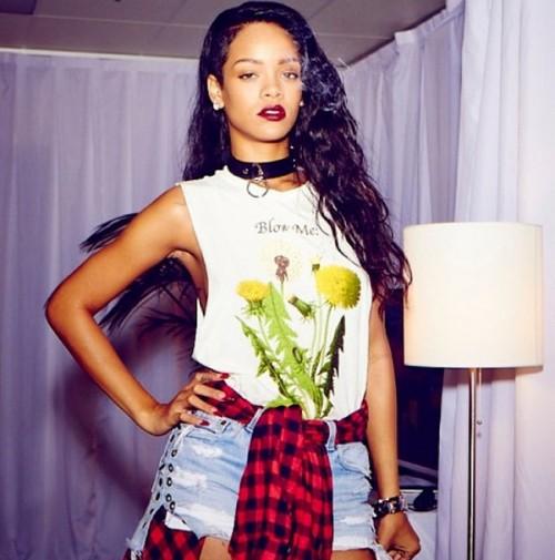 ¿Rihanna tendrá su propia marca de Marihuana?