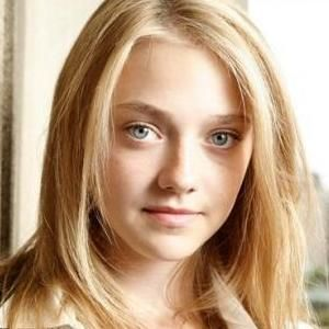 Dakota Fanning podría protagonizar la película If I Stay