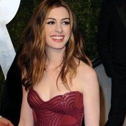 Anne Hathaway actuará en la adaptación fílmica de Los Miserables