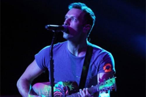 Coldplay reveló escenas de 'Princess of China' durante concierto (Video)