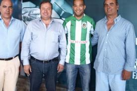 Fútbol peruano: Alberto Rodríguez ya entrena con su nuevo club
