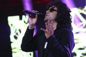 Yo Soy: Andrés Calamaro se luce con 'La parte de adelante' - Video