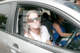 Mónica Sánchez es captada en el auto de Liliana Castro Mannarelli