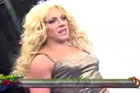 Enemigos Públicos: Julián Zucchi se puso tacos para ser Shakira - VIDEO