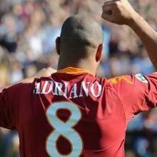 Fútbol Italiano: Adriano dejaría AS Roma en junio