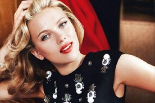 Scarlett Johansson confiesa sentirse mayor de lo que es
