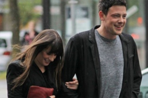 Lea Michele y Cory Monteith fueron galardonados en los Do Something Awards