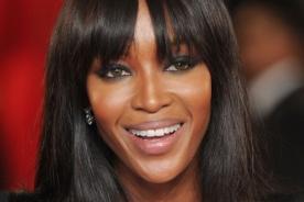 Naomi Campbell sufrió rotura de ligamentos tras un asalto en París