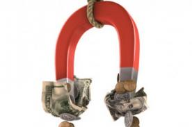 Hechizo para atraer dinero a tu negocio con vasitos, monedas y amoníaco