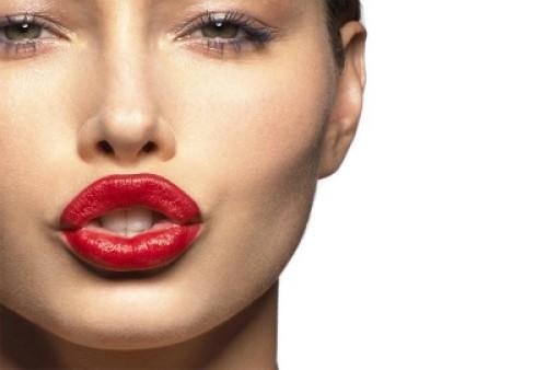 Belleza: Maquillaje perfecto si tienes labios gruesos