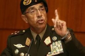 Parada Militar 2014: General Donayre fue nuevamente una sensación