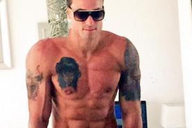 Gino Assereto sorprende con tremenda foto de sus músculos en Twitter