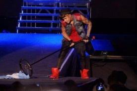 Justin Bieber se disculpó con Argentina tras trapear el escenario con su bandera