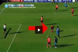 Fútbol argentino: A Cristian Tula le costó un gol levantarse las medias - VIDEO