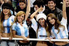 Mundial 2014: Mexicanos hacen tremenda 'trolleada' a hinchas argentinas [VIDEO]