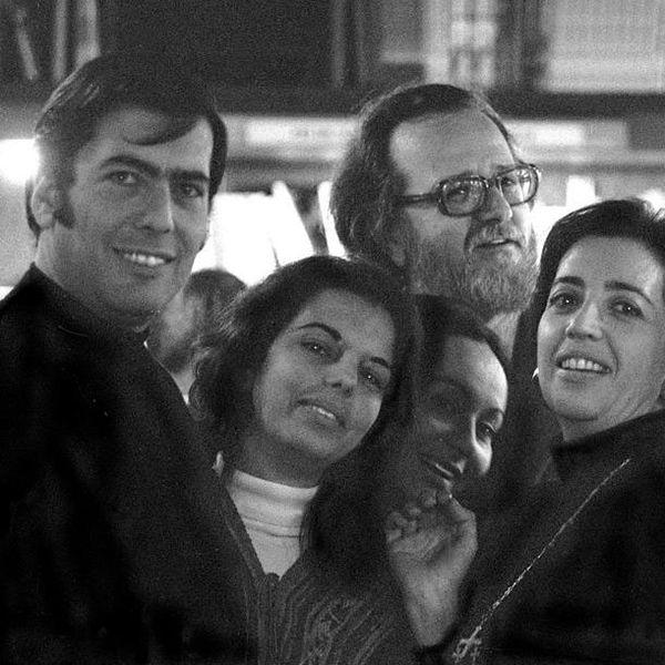 Diario El País homenajea a Vargas Llosa por su Premio Nobel de Literatura