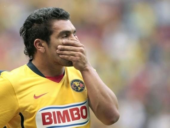 Salvador Cabañas permanecerá aún en terapia intensiva el fin de semana