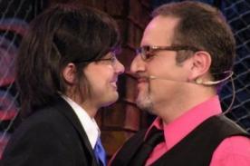 Óscar Gayoso: No tengo ningún problema de darle un beso a otro hombre