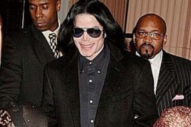 Ex guardaespaldas dice ser el padre del hijo de Michael Jackson