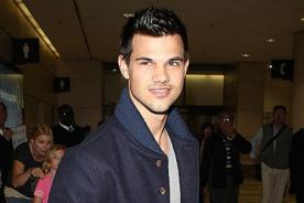 Taylor Lautner se niega a opinar sobre el escándalo de Kristen Stewart