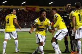 Fútbol peruano: Revoredo se consagró campeón de Ecuador con Barcelona