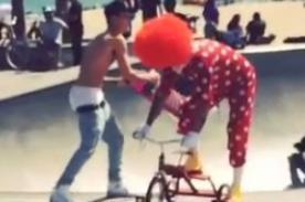 Steve-O de Jackass hizo de las suyas con Justin Bieber - Video