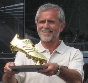 Histórico goleador Gerd Müller fue encontrado solo y desorientado en Italia