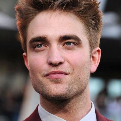 Robert Pattinson presentará el Premio Generación a Reese Witherspoon