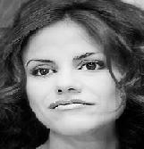 Mónica Hoyos y Carlos Carlín se dieron dos besos en La Noche es Mia