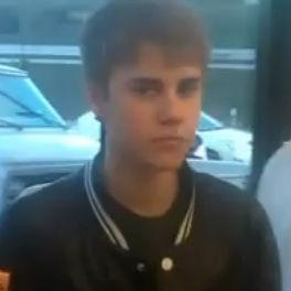 Justin Bieber es captado agrediendo supuestamente a una paparazzi