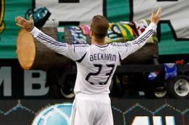 Video: David Beckham anota gol olímpico en la Champions de la CONCACAF