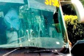 Fútbol peruano: Sporting Cristal fue atacado con huevos y tomates en Cusco
