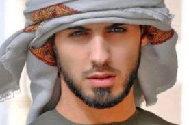 Omar Borkan Al Gala: Conoce más del atractivo fotógrafo árabe