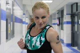 Valentina Shevchenko y 'Pantera' Zegarra se dicen de todo en Combate