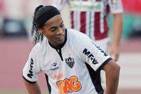 Schalke 04 quiere a Ronaldinho para disputar la Champions League