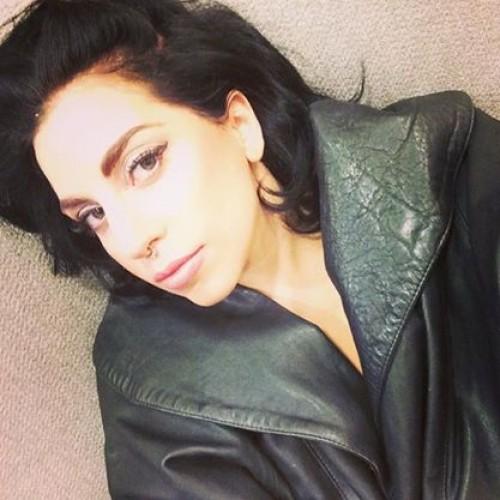 Lady Gaga confiesa tener enfermedad mental durante concierto
