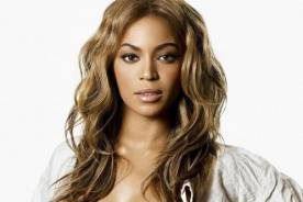 Beyonce se roba el show con escote en pelea del siglo