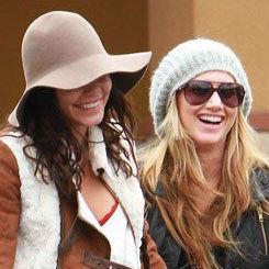 Vanessa Hudgens y Ashley Tisdale se reúnen para una tarde de compras
