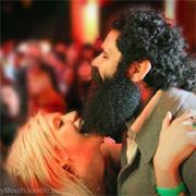 KeSha revela su nueva manía: Mordisquear la barba a los hombres