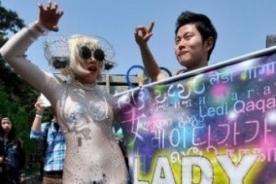 Lady Gaga en Seúl: Little Monsters se disfrazan para su concierto - Fotos