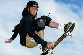 Tony Hawk es considerado el mejor Skater del mundo - Video