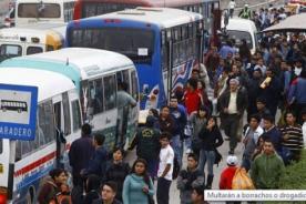 Municipalidad de Lima multará a personas que suban ebria a micros