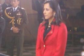 Nadine Heredia comulga durante la misa y te deum; Ollanta Humala se abstuvo