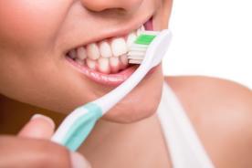 ¡Cepíllate los dientes! Mala higiene bucal puede ocasionar la muerte