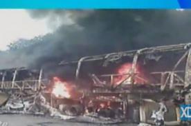 Bus de Grupo 5 se incendia y queda hecho añicos [FOTOS]