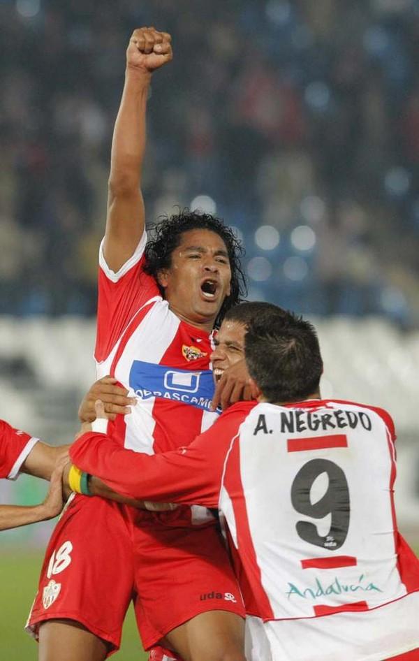 Santiago Acasiete le costó el partido al Almería