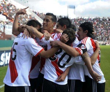 Josepmir Ballón será presentado en breve como jugador de River Plate