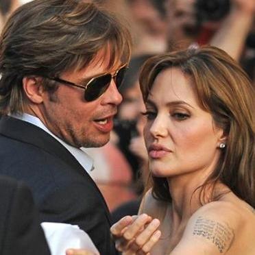 Angelina Jolie estaría enojada con Brad Pitt por llamar a Courteney Cox