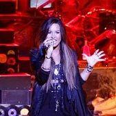 America's Got Talent: Demi Lovato deslumbra cantando Skyscraper en vivo (Video)