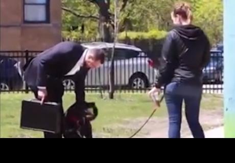 Este hombre ofreció $100,000 a estas personas por sus perros y así reaccionaron
